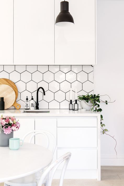 How to create a classic white kitchen