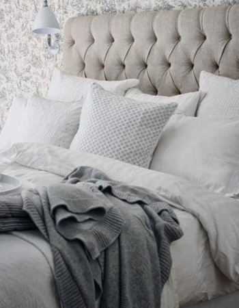 How to create a calm bedroom environment