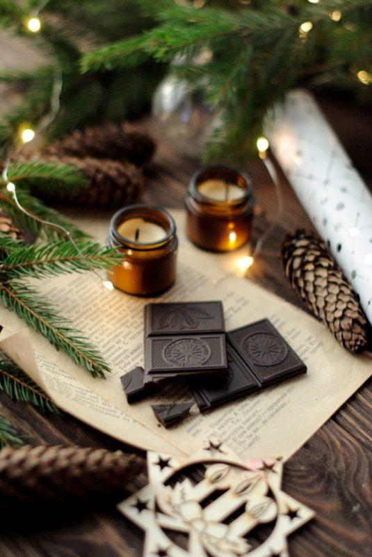 Contemporary Christmas Decorating Ideas