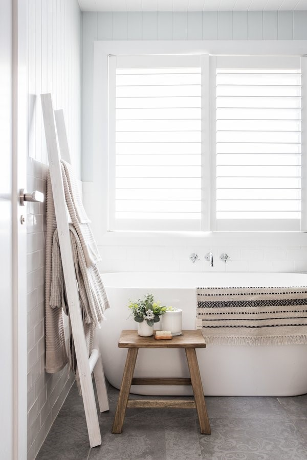 Tips to style a bathroom