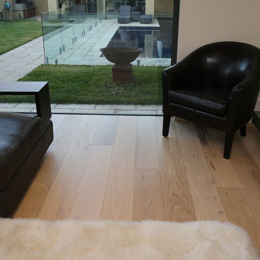 How to choose oak engineered floorboards