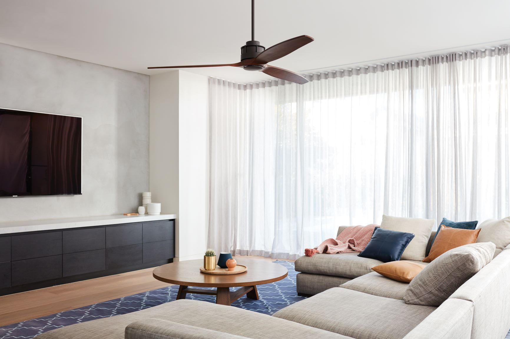 How to choose ceiling fans