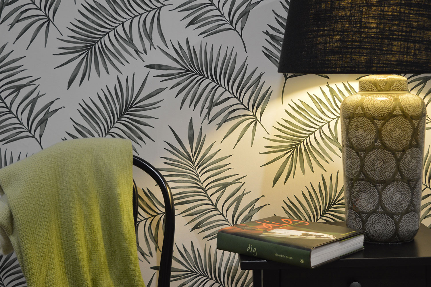A Botanical Vibe with Superfresco Easy Wallpaper