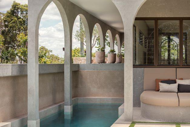 A Mediterranean House Tour